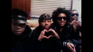 Look at Ray Ray Smile Itz So Cute Tehehe!!!! 