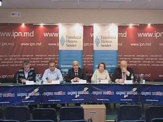 """Agen�ia de pres� IPN �i Radio Moldova invit� reprezentan�ii mass-media la dezbaterile publice cu tema:,,De ce crizele din Moldova afecteaz� integrarea european�? Viziunea participan�ilor la Adunarea General� a Forumului Societ��ii Civile din Parteneriatul Estic de la Kiev. Rezolu�ia AGFSC PE privind Moldova"""", edi�ia XLVI din ciclul ,,Dezvoltarea culturii politice �n dezbateri publice"""""""